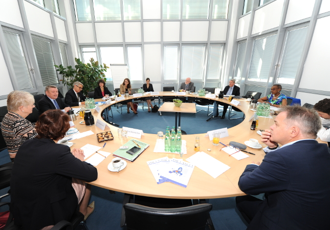 First meeting of the International Advisory Board in Berlin (Copyright: BMG/Schinkel)