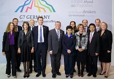 Photo: Group photo at the G7 Health Ministers' Meeting in Berlin